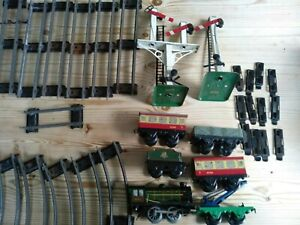 Hornby O Guage Clockwork Trainset ,Train,Signals,Trucks,Carriages