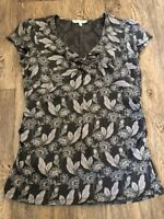 Laura  Ashley 12 Floral Stretchy T Shirt Classic Greys Monotone