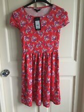 BNWT New Look Casual / Summer Dress. Woman's. Size 8. Red Flower Print