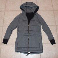 Lululemon Womens Size 6 Detachable Bottom LS Long 1/2 Crop Hooded Jacket
