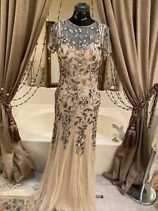 Adrianna Papell NUDE Champagne Cap Sleeve SILVER SEQUINS BEADED Gown Size 6