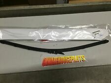 2008-2013 SILVERADO SIERRA TAHOE YUKON WINDSHIELD WIPER BLADE NEW GM #  25877402