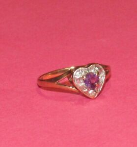 DAINTY SECONDHAND 9ct YELLOW GOLD AMETHYST & DIAMOND HEART SHAPPED RING SIZE M