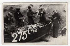 SUFFOLK, PAKEFIELD BEACH, A PAGE FISHERMAN WITH 3 POLISH SOLIDERS, PLAINBACK RP