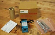Honeywell CLSB3B Momentary Cable Pull Limit Switch, 600vac-10a - NEW
