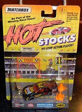 MATCHBOX HOT STOCKS Pitstop Playset Champion #4 Misb New Diecast Chevy Lumina