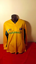 WALLABIES OFFICIAL 2011 WORLD CUP SUPPORTERS JERSEY LIKE NEW TAG   S/M