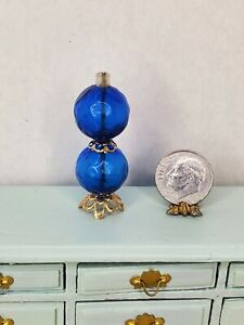 VINTAGE Chrysnbon Blue Parlor Lamp Brass Dollhouse Miniature 1:12 Globe Light