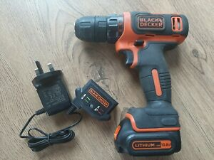 BLACK & DECKER 10.8v CORDLESS DRILL DRIVER LITHIUM Ion,  BDCDD12 HARDLY USED