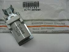 filtre antiparasite 0.1µF+2x27nF 250v indesit C00143383 /pour idf800 par exemple
