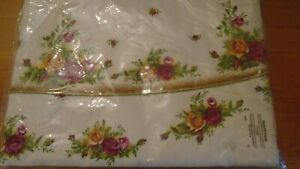 Royal Albert old country rose  NEW UNUSED IN WRAPPINGS LARGE  TABLECLOTH
