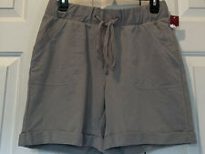 Women's pull on gray cuffed shorts With Pockets size Small New