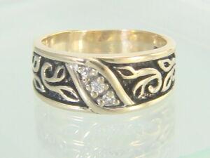 Men's 10K Yellow Gold Black Enamel Diamond Wedding Band 5.9 grams Size 12.5