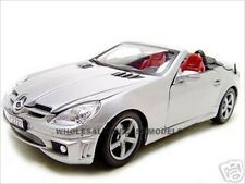 2005 MERCEDES SLK 55 AMG SILVER W/RETRACTABLE ROOF 1:18 BY MOTORMAX 73162