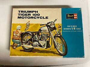 Vintage 1964 Revell issue 1/8 Triumph Tiger 100 Motorcycle Unbuilt H-1231