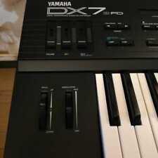 YAMAHA DX7 Ⅱ-FD Digital Programmable Algorithm Synthesizer