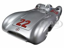 1954 MERCEDES W196R STREAMLINER #22 HERRMANN 1/18 LTD TO 1000PC BY CMC 128C