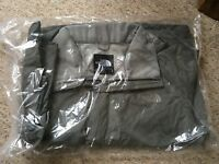 The North Face Waterproof Resolve Men's Outdoor Jacket Size M - NEW