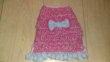 HAND Crochet Dog Maglione/Vestito con ruches, si adatta Shihtzu Cucciolo di circa 3 mesi