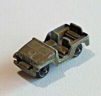 "Vintage TootsieToy Army Jeep Diecast Green Star 2 3/8"" Long USA 8523"