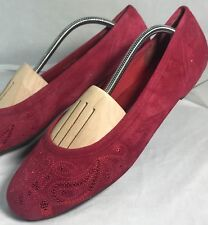 Trotters Size 9 Dark Red Embroidered Leather Upper Slip On Ballet Flats