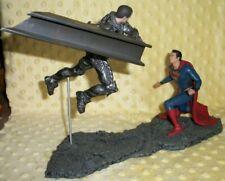 Gentle Giant DC Comics Man Of Steel Superman vs Zod 1:12 Scale Statue