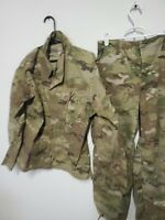 SCORPION OCP  w2  UNIFORM top is small regular .pants is small short army issue
