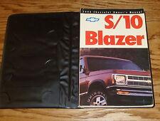 Original 1992 Chevrolet S-10 Blazer Owners Operators Manual 1st Edition w/Case