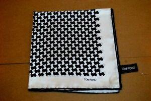 $165 NWOT TOM FORD Black and white geometric Men's silk pocket square Italy