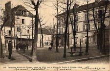 CPA Paris 18e Premiére Mairie de Montmartre en 1789 la Place du Tertre (284525)