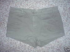 Lux Shorts Size 4 Green Womens NWOT