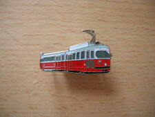 Pin Anstecker Straßenbahn Wien Zug Lok Art. 6115 Tram Eisenbahn