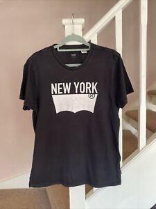 Levi's Levis T Shirt Size Medium Designer Casual Retro Vintage VGC