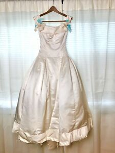 Vera Wang Wedding Dress White Silk Gown US Size 6
