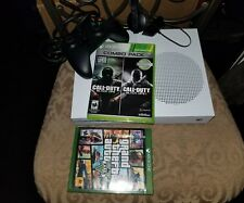 500GB Xbox One Slim Grand Theft Auto 5 + Call of Duty Black Ops 1 & 2 + Headset