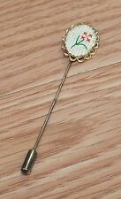 Unbranded Vintage Flower Crochet Gold Toned Lapel Pin Brooch Stick **READ**