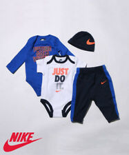 """Nike """"Future Gold Winner"""" 4-Piece Infant Set 0 - 6 Months *NEW in BOX*"""
