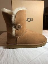 UGG BAILEY BUTTON II 1016226 SIZE 6 WITH BOX BRAND NEW 100% AUTHENTIC CHESTNUT