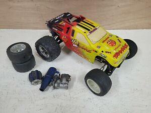 Traxxas Rustler 2WD Truck Nitro 2.5 roller or parts ( Slash losi hpi revo