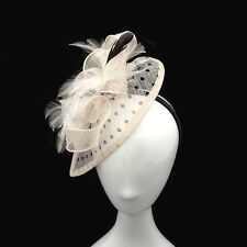 NEW CREAM POLKA DOT FASCINATOR WEDDING RACES OCCASIONAL CODE: FMC37