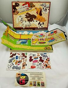 1985 Pound Puppies Deluxe Colorforms in Good Condition FREE SHIPPING