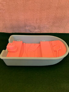 FISHER PRICE LOVING FAMILY DOLLHOUSE RV/CAMPER BLUE/PINK BOAT   1990'S