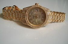 Men's Designer look hip hop CZ Bling clubbing Gold finish w/date fashion watch