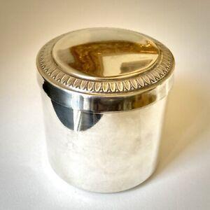 Petite boite couverte ancienne en métal argenté