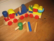 MELISSA & DOUG CLASSIC WOODEN STACKING TRAIN CARRIAGES CONSTRUCTION BRICKS PULL