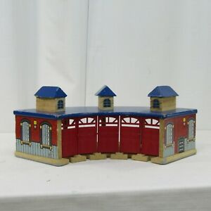 Geoffrey Wooden Train Roundhouse Thomas Brio Compatible Red Blue 5 Slots