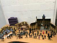 HARRY POTTER PLAY SET GREAT HALL COMMON ROOM FIGURES BUNDLE RARE ARAGOG