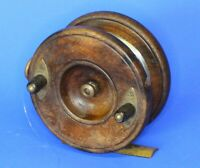 Antique wooden & brass fishing reel, Made in England 4 inch diameter [20883]