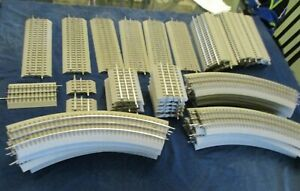 52 Pieces Lionel Fastrack never used