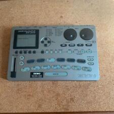 ZOOM RhythmTrak RT-323 Drum & Bass Machine w/power supply 100-240V